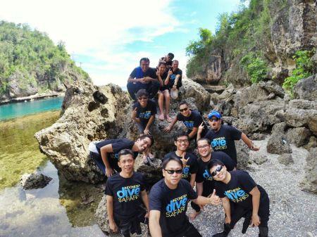 Groupfie... at hidden beach