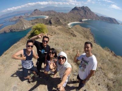 Groupfie di Pulau Padar